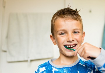 Nutrition, oral health, tooth decay, gum disease, brushing, flossing, crooked teeth, inflamed gums