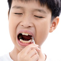 Don't Believe the Hype: Dental Groups Say Flossing Still Essential
